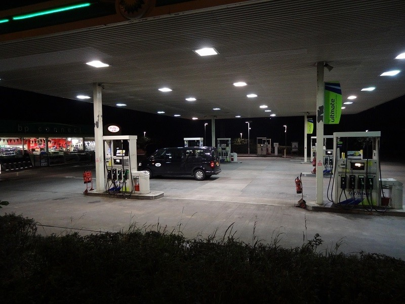 Service_station_Diesel_price_europe_uk_forecourt__CCAnnasmith1986