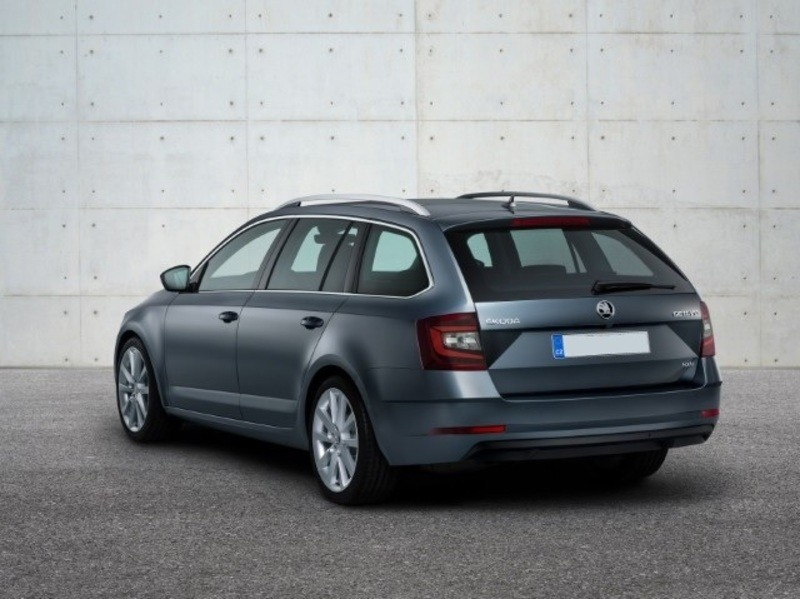 The_Octavia_gets_a_new_facelift_for_2017_estate_rear