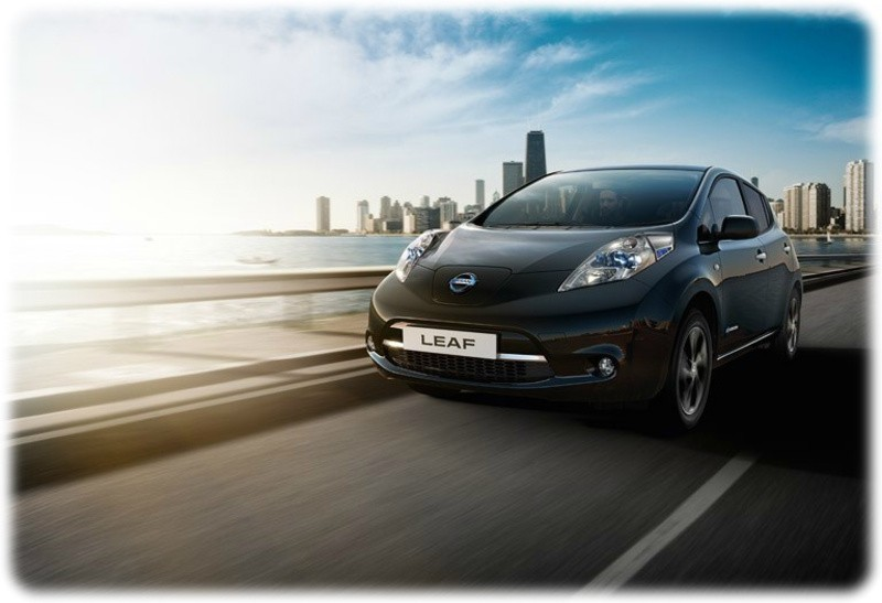 Nissan Leaf Black Edition on the road