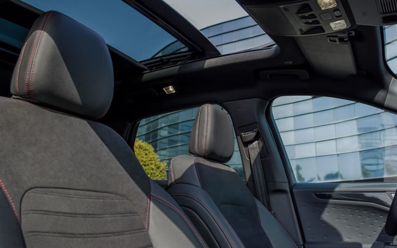 2020 ford kuga st line x panoramic roof